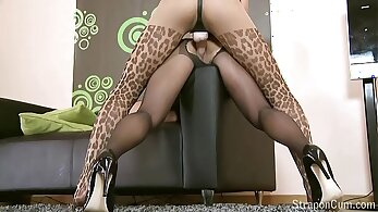Ukiamazes with taut pussy using a toy then a strapon