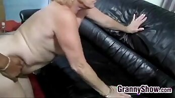 Booty blonde grandma gives it to being licked