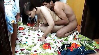 Boobalicious Indian whore exposes sandy pussy and gets a dick