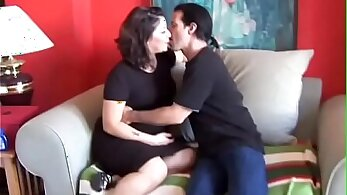 Chubby brunette that loves to cum is great at sucking cock