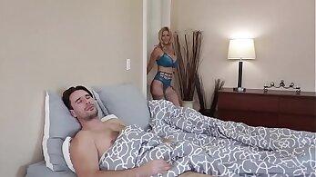 Ashli Orion, Mia Khalifa and Stuart Butler get fucked and got cumshots