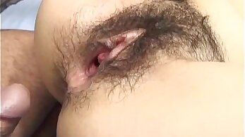 Wendy pushing herself, blowing until she cums