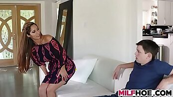 Aspen Thorne screams out for MILF and pals hard